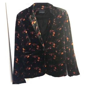 Floral patterned velvet blazer